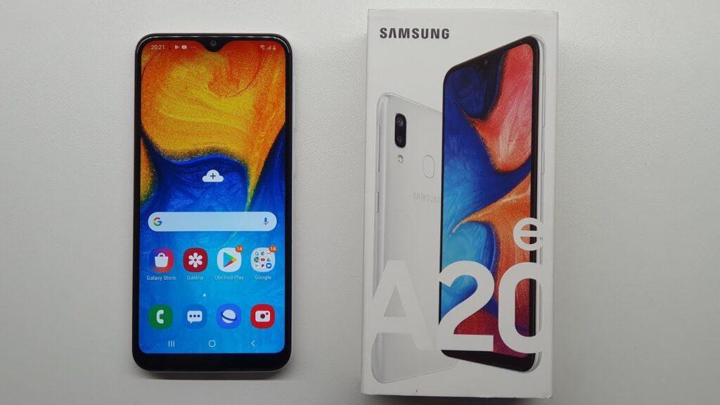 Galaxy A20e uno de los teléfonos móviles más buscados de 2021 por su barato precio